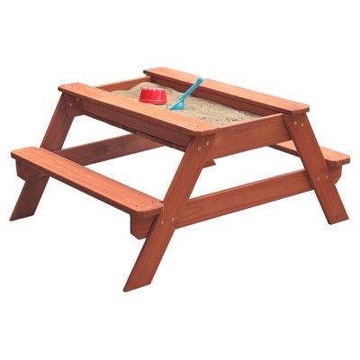 Sitzgarnitur mit kleiner Sandkiste